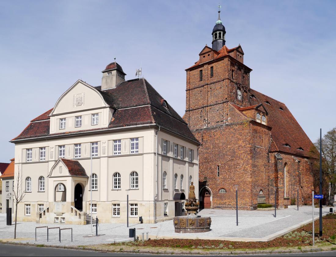Marktplatz Dommitzsch / Elbe